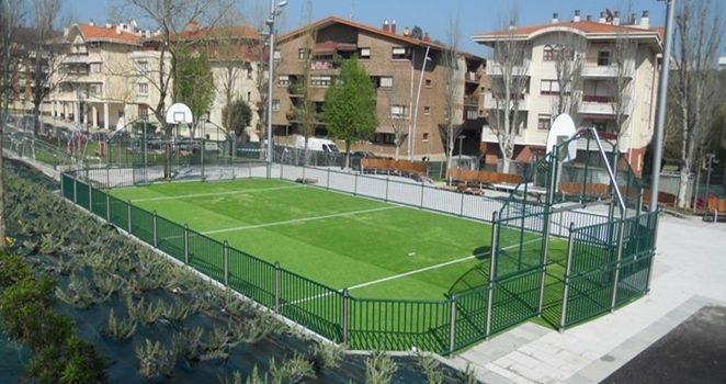 Equipamiento deportivo urbano, homologado para ayuntamientos, colegios, clubes y centros deportivos
