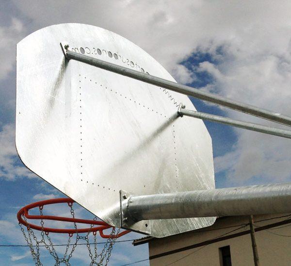 Canasta de baloncesto antivandalica