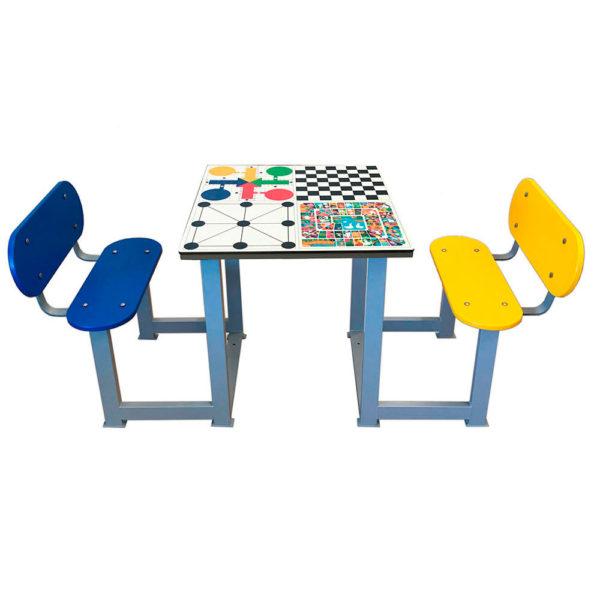 mesa de exterior con oca