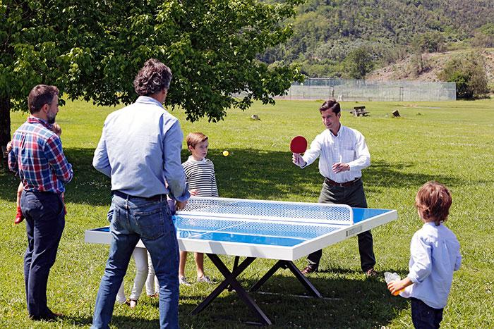 Mesa de ping pong antivand lica de exterior totalmente for Mesa de ping pong exterior