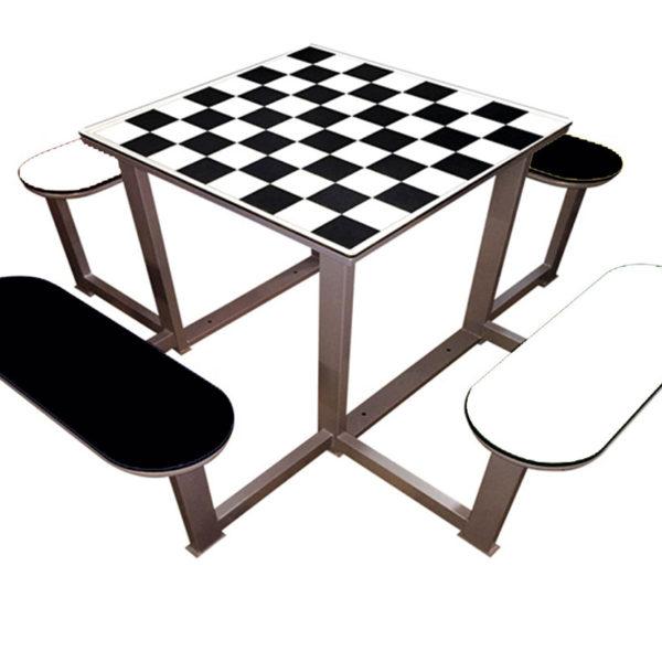 Mobiliario urbano: mesas de ajedrez