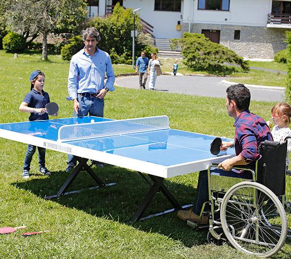 Mesas de ping pong antivandálicas para parques