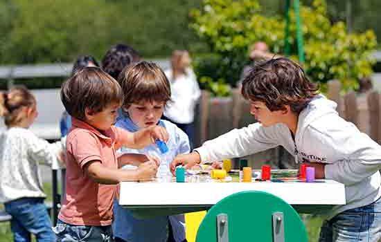 Los juegos de mesa llegan a los patios de colegios