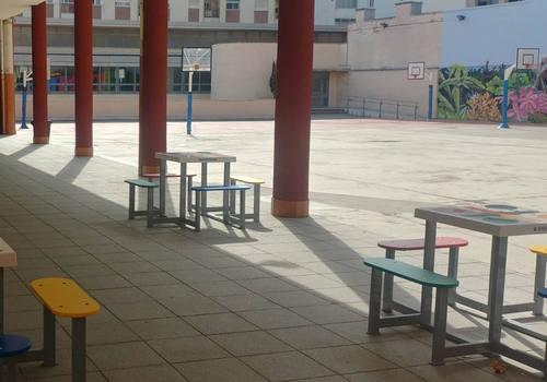 Material y equipamiento deportivo para colegios
