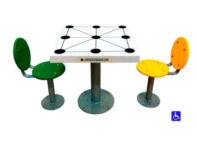 Juego de mesa inclusivo tres en raya