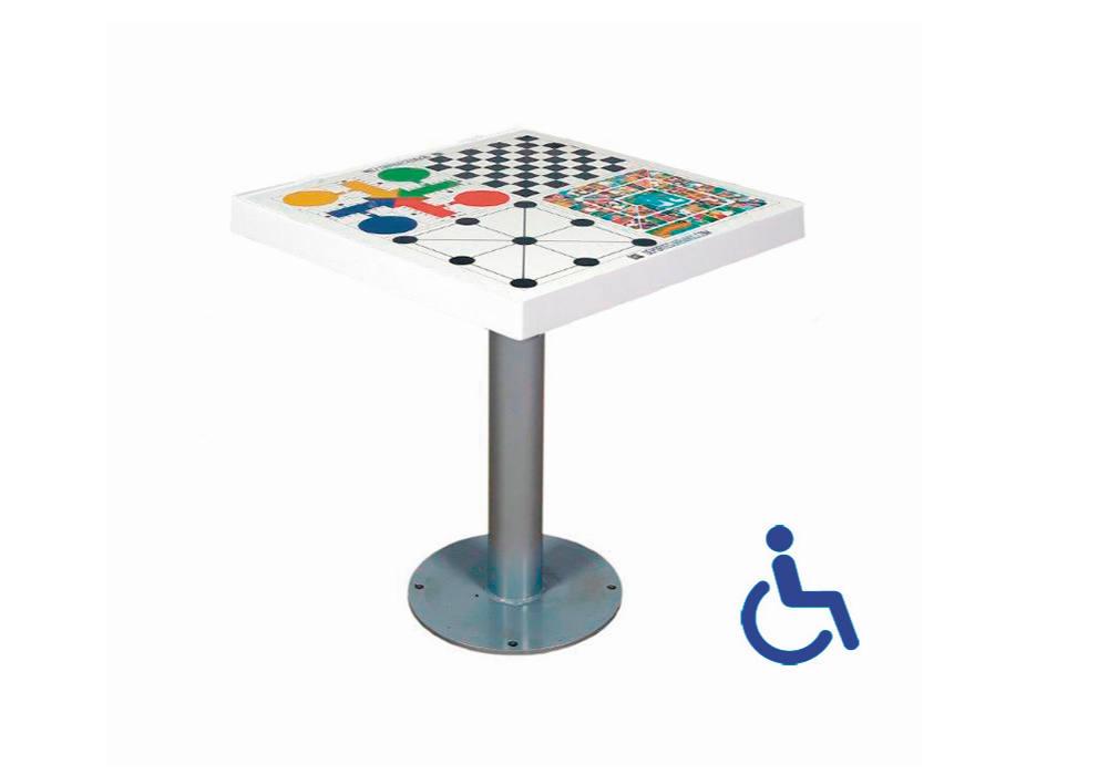 Mesa multijuegos inclusiva para jugar en la calle