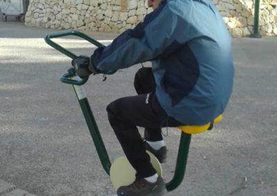 Ejercicio con aparato biosaludable Bicicleta - Fohn Bike
