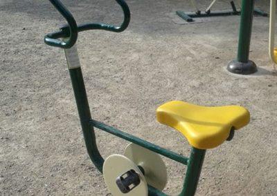 Instalación de aparato biosaludable Bicicleta - Fohn Bike