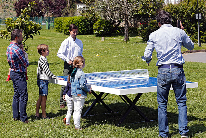 Mesas de pinpong en parque
