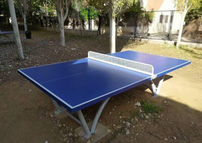 Mesas ping pong Sport en un parque