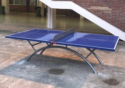 Mesa ping pong en urbanización