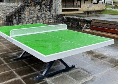Mesa de ping pong, modelo Forte, inmune al agua.